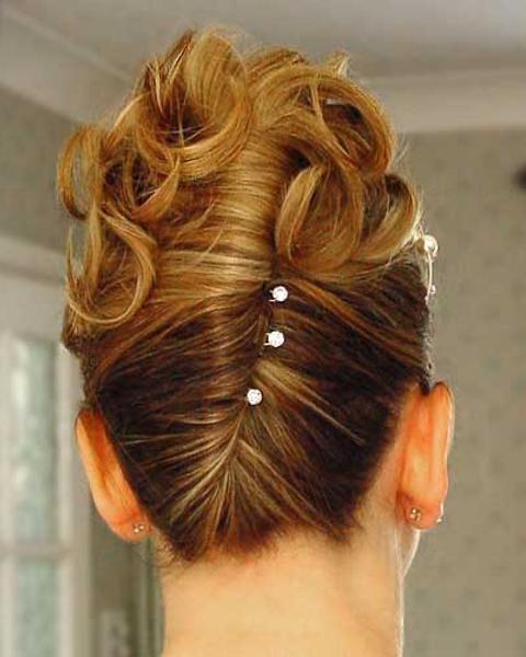 french-pleat-women-hair-style