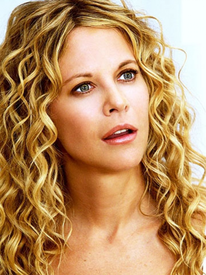 Meg Ryan has beautiful medium length curly hair