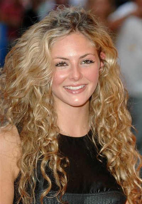 Naturally Curly Hair Style Women Hairstyles