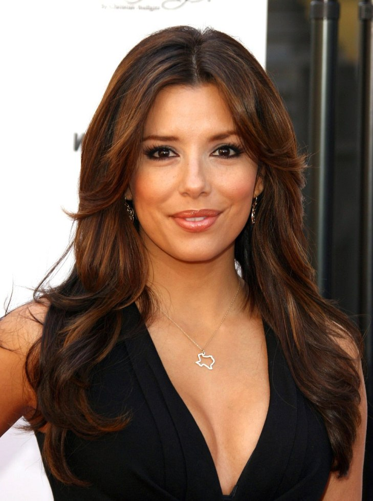 Haircuts that make you look younger - Women Hairstyles