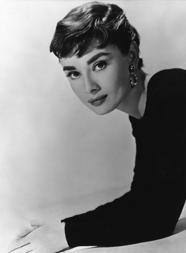 Pixie Cut Audrey Hepburn This vintage pixie is super