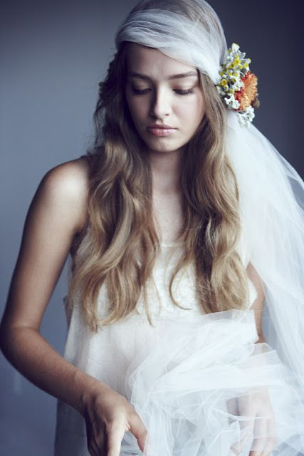 bohemian veil for brides with long hair