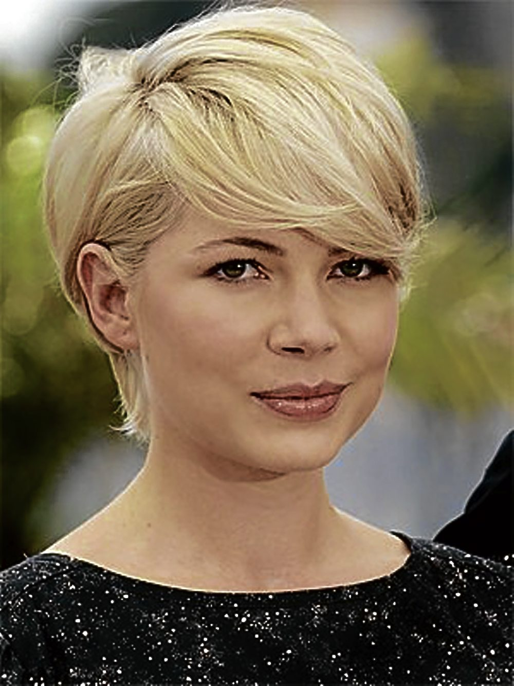 long pixie haircut for thick hair.