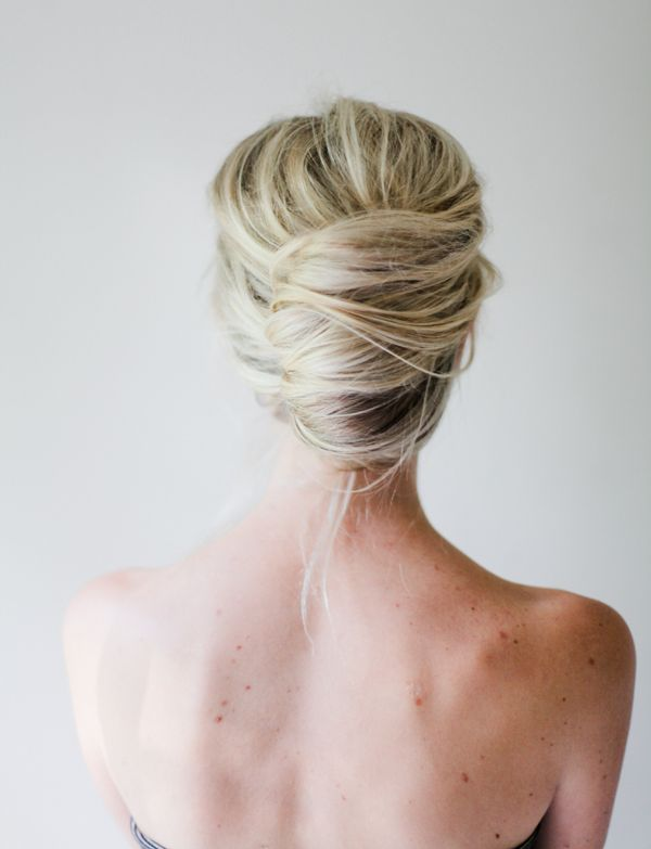 simple-french-twist-for-women-to-wear-to-work