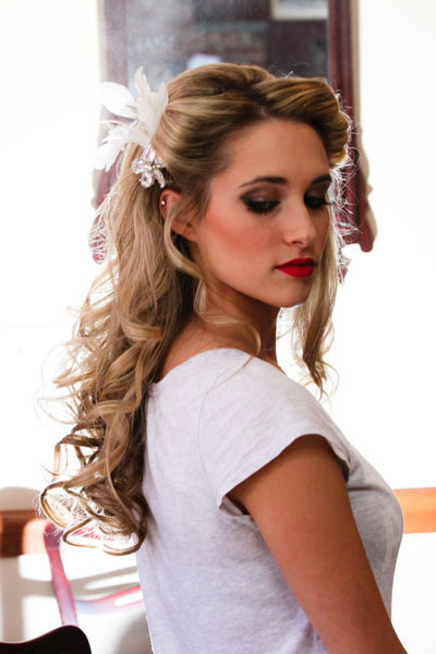 wedding-hair-style-curly-half-up-half-down-hair-accessories