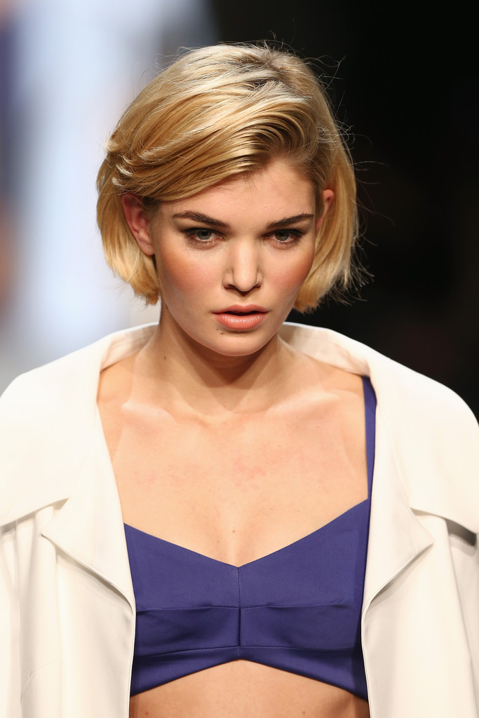 bob-hairstyle-with-side-swept-bangs