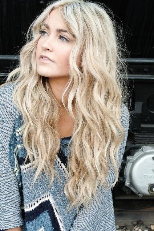 Perfect-Beach-Waves-for-Long-Hair