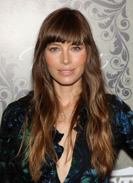 Blunt Bangs With Long Hair And Waves Bangs Jessica Biel