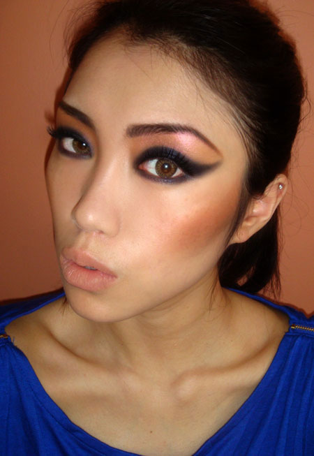 Makeup Tutorial: How To Create The 80s Inspired Strong Cat Eye ...