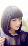 blunt-bob-haircut-with-blunt-bangs