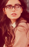 Wavy-hairstyles-with-glasses