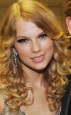taylor_swift_golden_blonde_wig.jpg