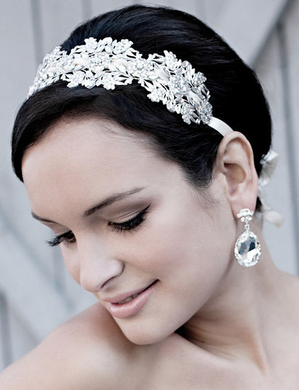 wedding-hair-style-with-tiara