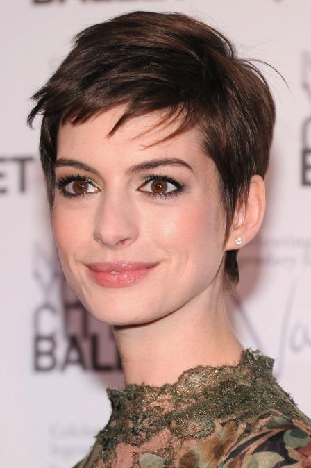 Anne Hathaway loves the pixie haircut
