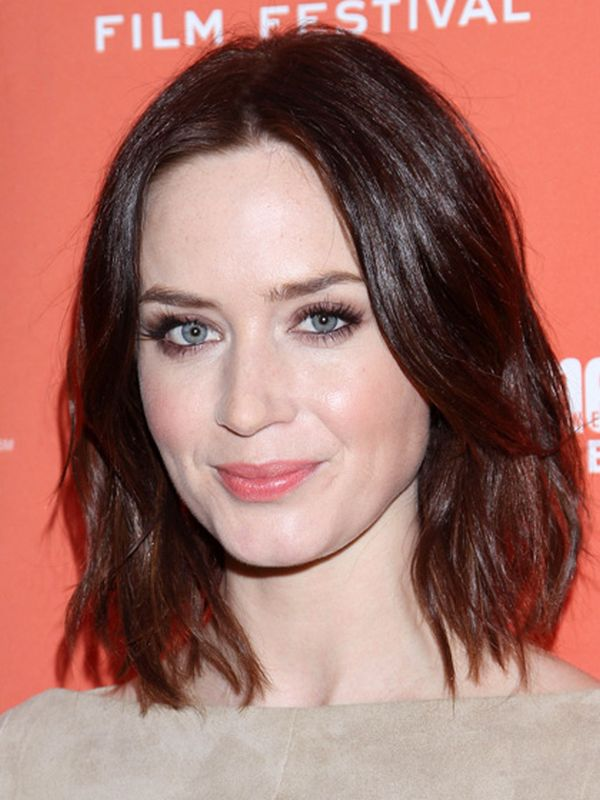 The Best Haircuts for Oval Shaped Faces - Women Hairstyles