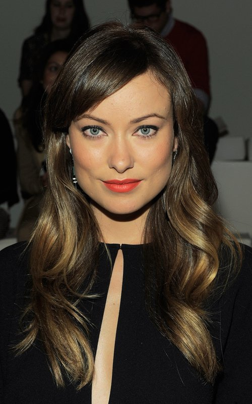 loose wavy hairstyle for women with straight hair Women