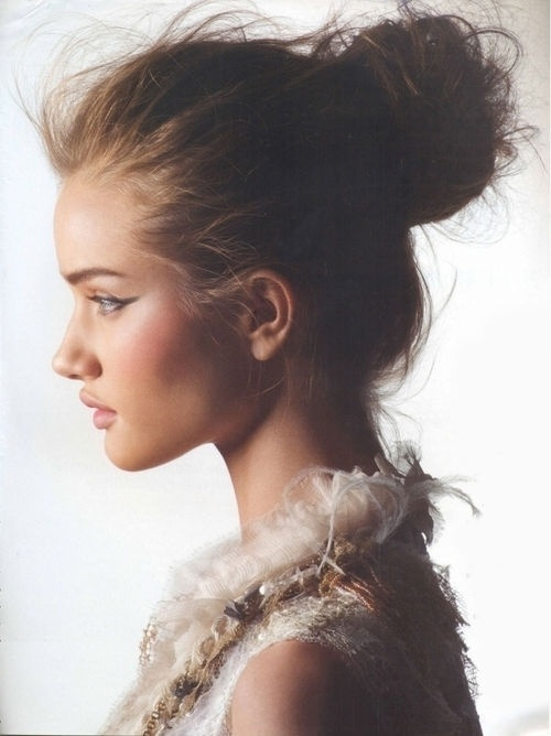 Messy Bun For Every Type Of Hair Women Hairstyles