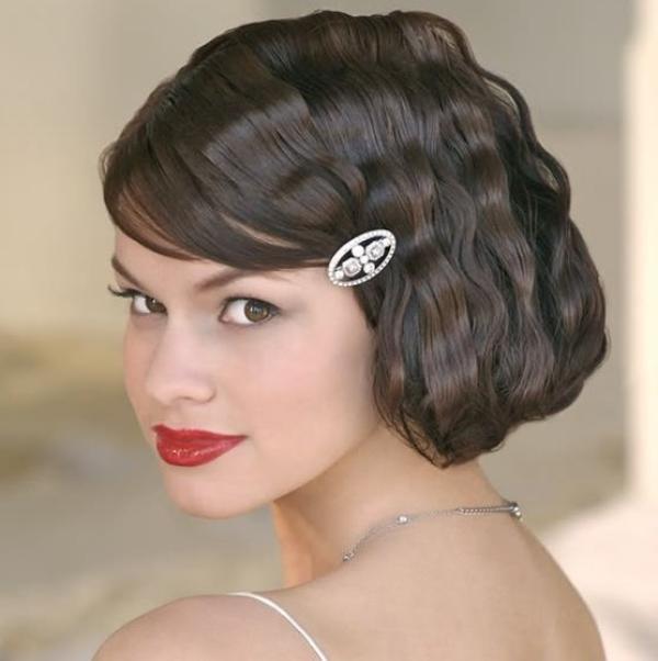 Short wedding style vintage curls