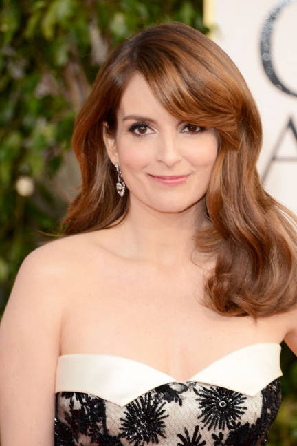tina-fey-gorgeous-hollywood-glam-side-swept-fringe