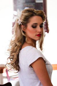 wedding-hair-style-curly-half-up-half-down-hair-accessories