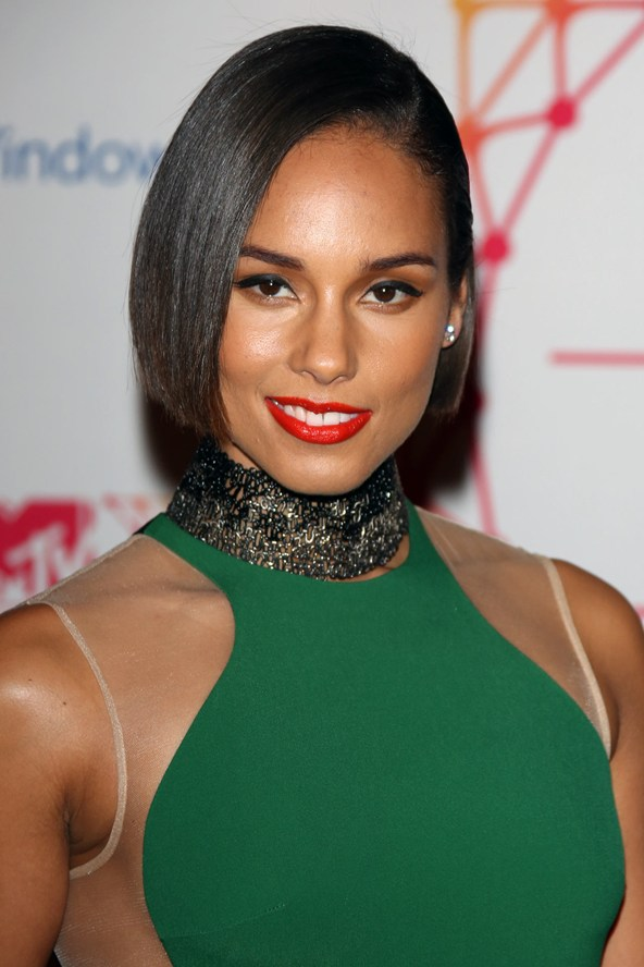 Alicia Keys Chin Length Bob Haircut Women Hairstyles