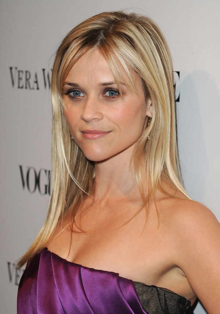 Reese Witherspoon Center Parted Bangs Women Hairstyles