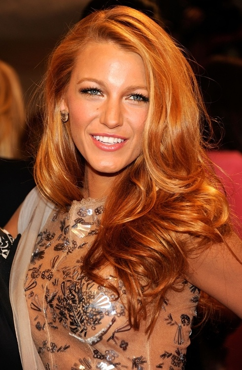 Strawberry Blonde Hair Color Idea Rose Gold Women Hairstyles