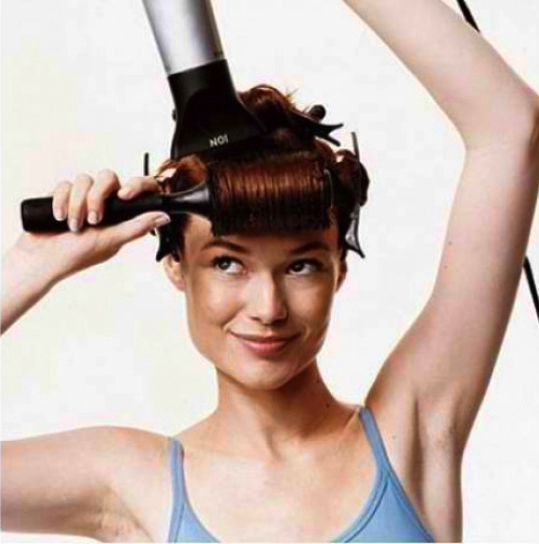 how-to-properly-blow-dry-your-hair-to-prevent-frizz