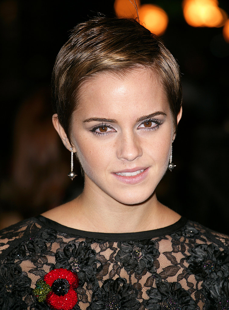 Emma Watson Side Parted Pixie Hairstyle And Haircut
