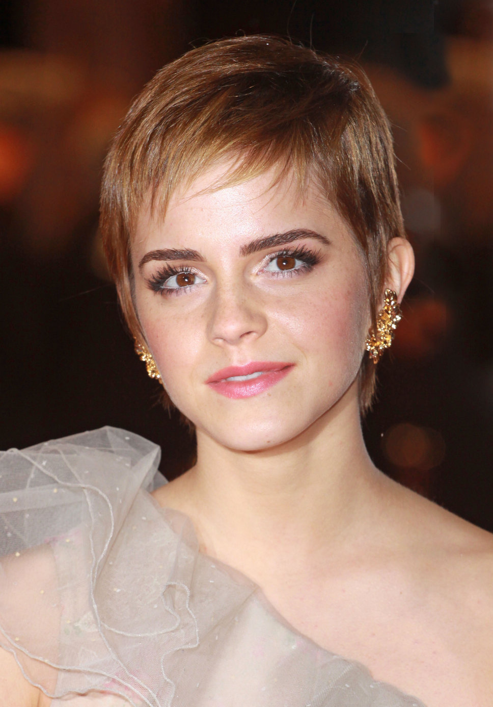 Emma Watson Soft Pixie Hair Cut Wispy Bangs Women