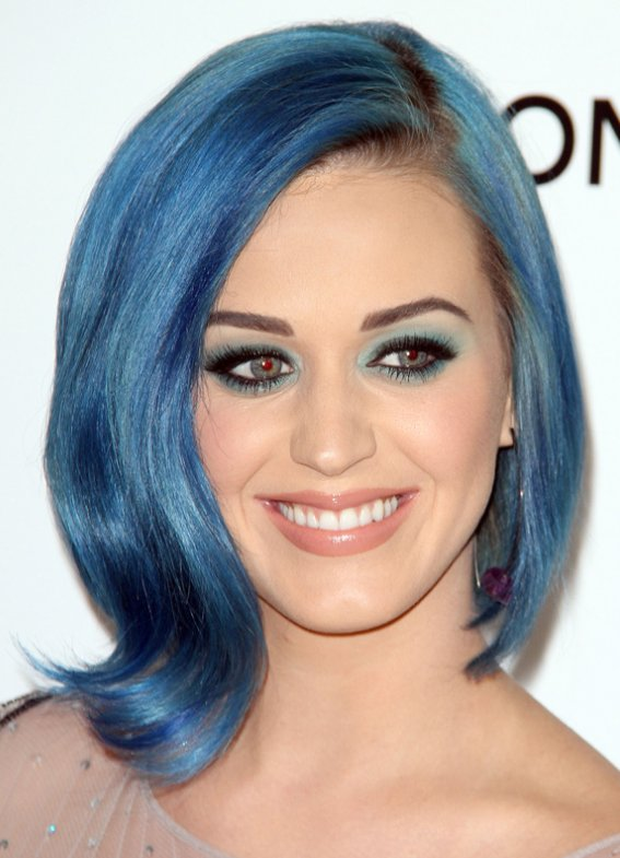 katy-perry-blue-bob-hairstyle