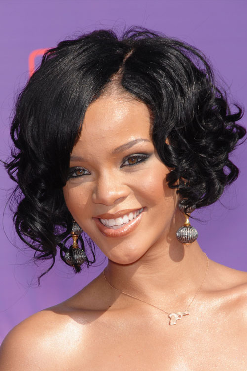 Short Asymmetrical Bob Haircut Rihanna