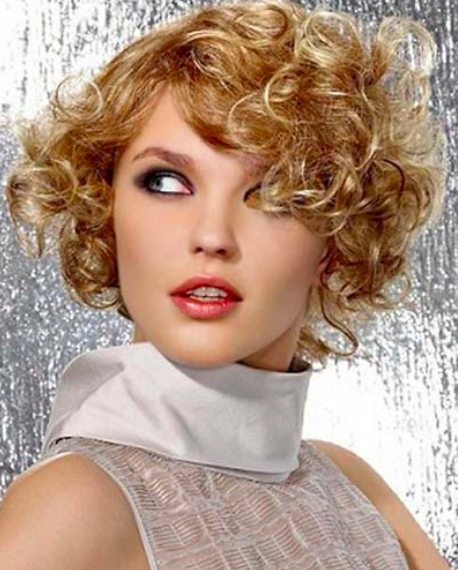 Short-Ringlet-Curly-Hairstyle - Women Hairstyles