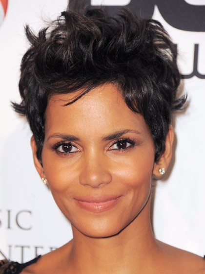 Halle Berry Curly Pixie Haircut Women Hairstyles