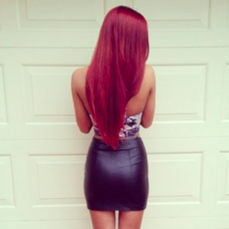 v-shape-long-hair-red-hair