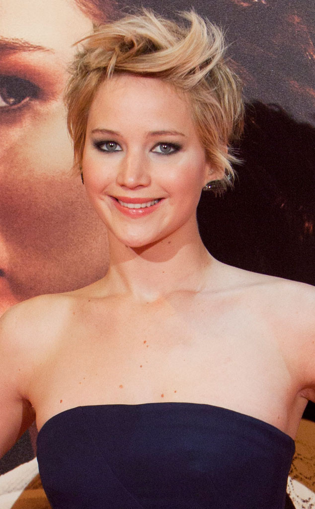 Jennifer-Lawrence-Pixie-Hair-Cut