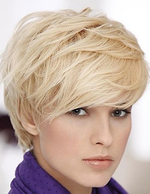 blonde-layered-pixie-haircut