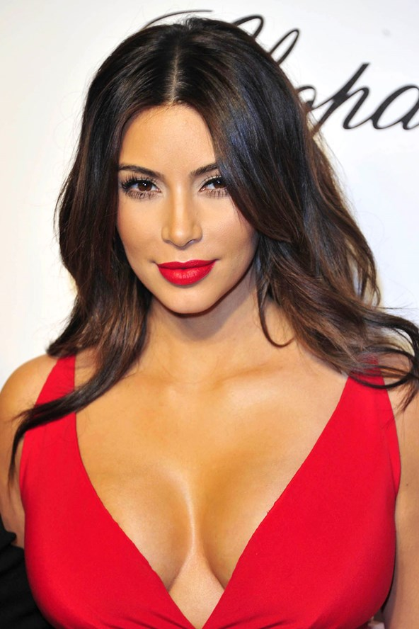Hairstyle Amp Make Up Ideas For Wearing A Red Dress Women
