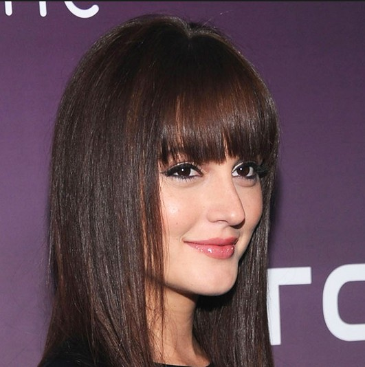 Straight Bangs Hairstyle for Round Face - Women Hairstyles